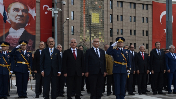 Minister Avcı participated in October 29 Republic Day activities in Eskişehir